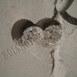 Монтаж подрозетника в бетонную стену