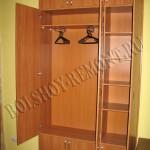 Встроенный шкаф с полками
