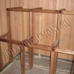 Деревянный каркас для полков в сауне